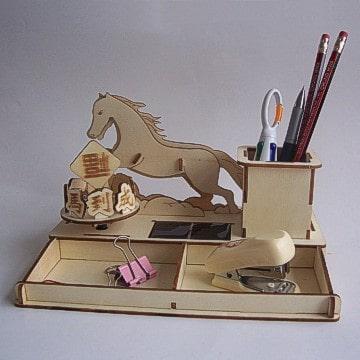 DIY Solar Kits Lucky Horse Desk Organizer